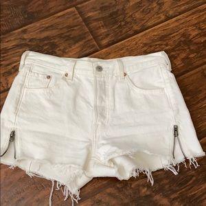 "Levi's 501"" shorts"